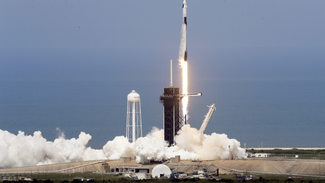 Despite weather, SpaceX presses ahead in historic 1st launch of astronauts