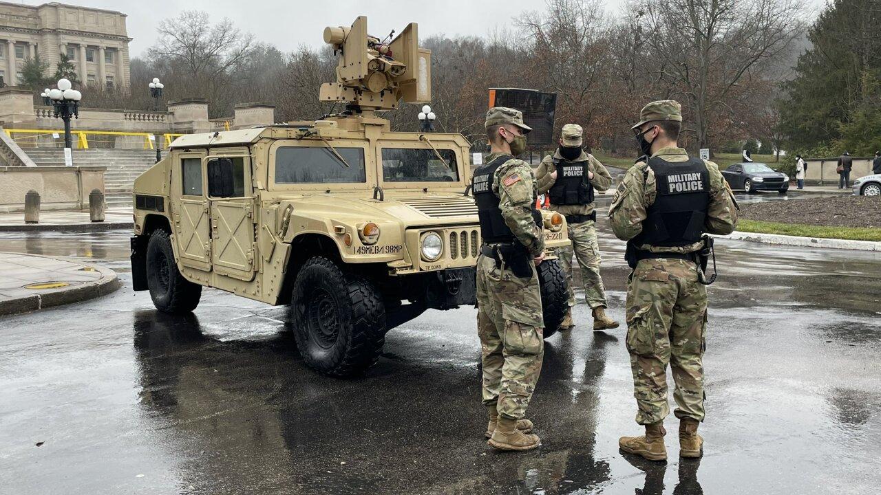 National Guard at Capitol.jpg