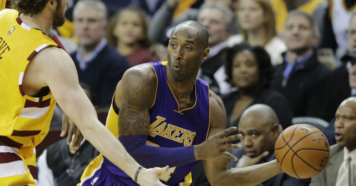 Cleveland athletes react to Kobe Bryant's death