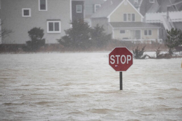 'Bomb cyclone' pounds east coast with heavy flooding, high winds