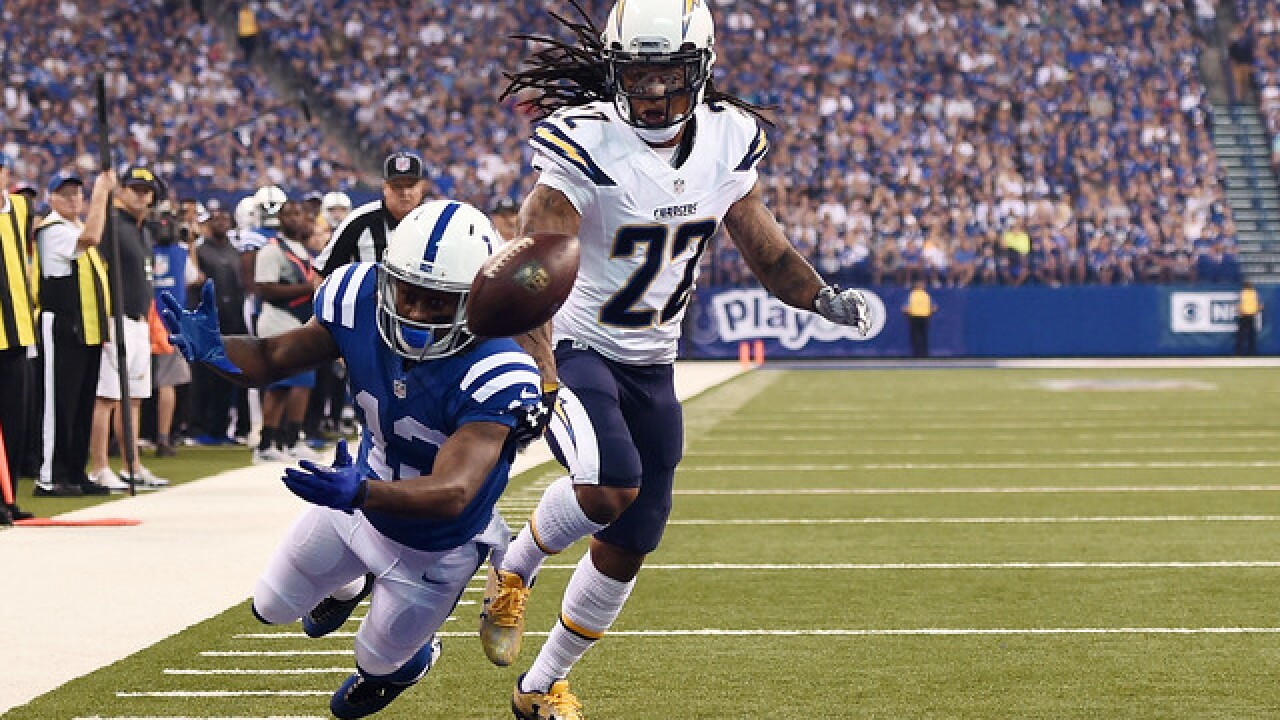 PHOTOS: Colts v Chargers