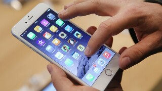 Survey: 90% of teens own a smartphone