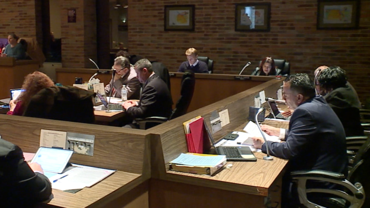 Lorain residents file petitions to become charter city in water rate battle