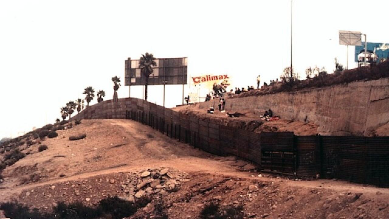 Photos show U.S.-Mexico border in the 80s