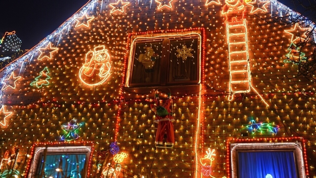 Family's Christmas lights operated by strangers