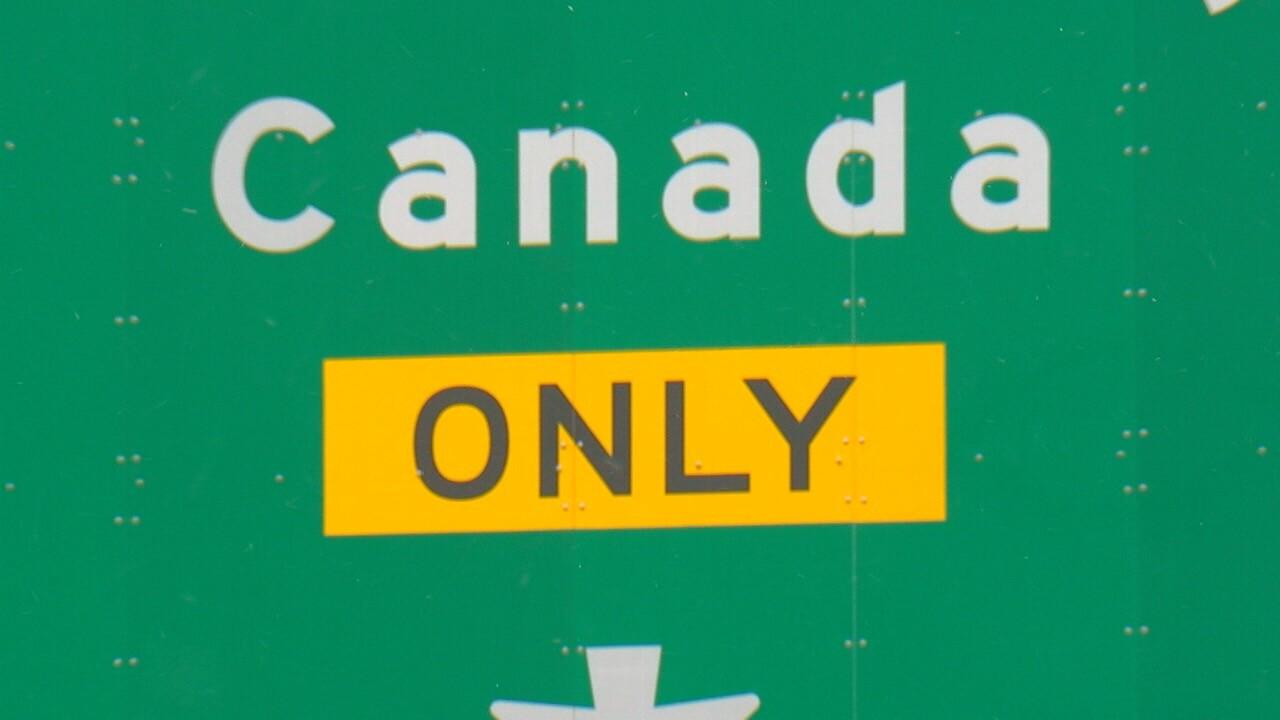 CANADASIGN.jpg