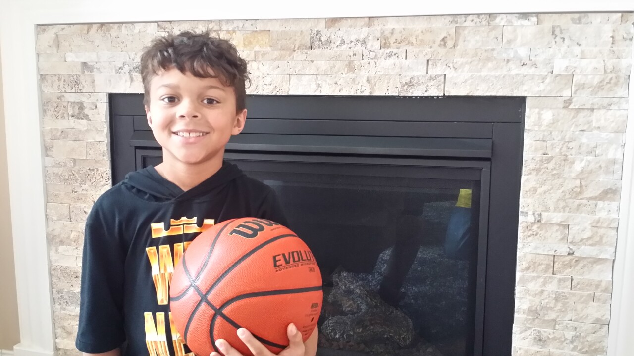 After video of this 10-year-old's hot shooting went viral, Shaquille O'Neal challenged him — and lost