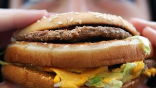 Fight over burger leads to shooting death in FL