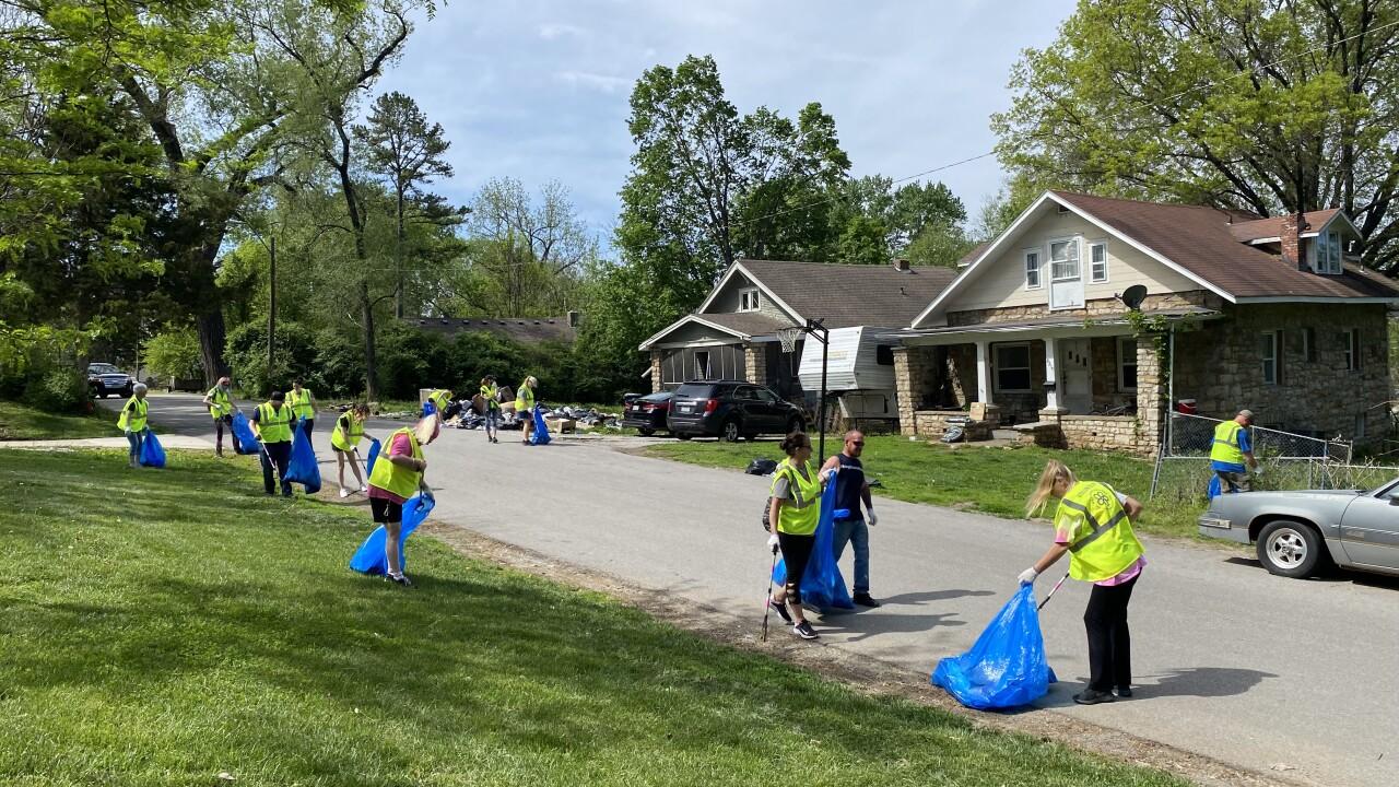 Desirea Ferris neighborhood clean up