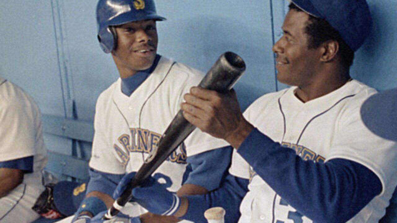 Sports Vault: 30 years ago, The Kid got his bid