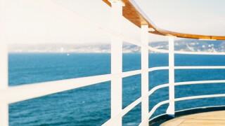 cruise_ship_rail.jpg
