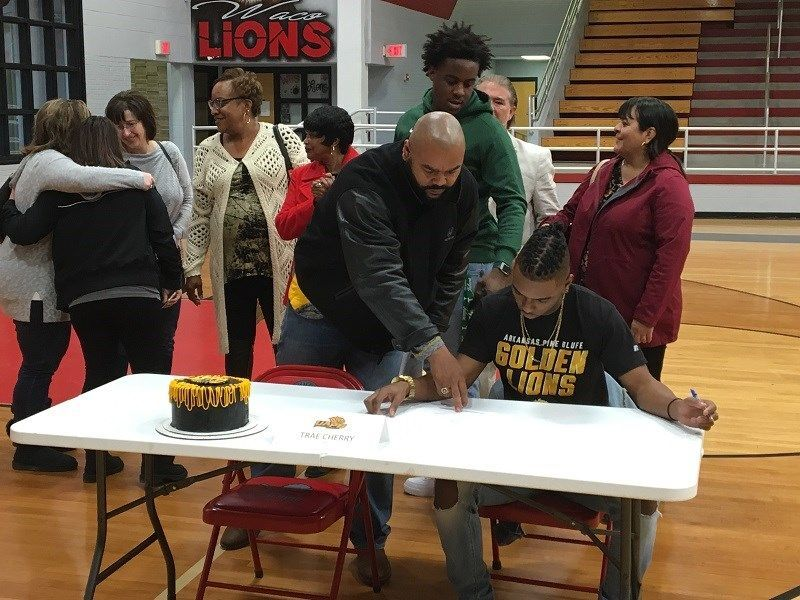 Waco High School Signing Day 2018