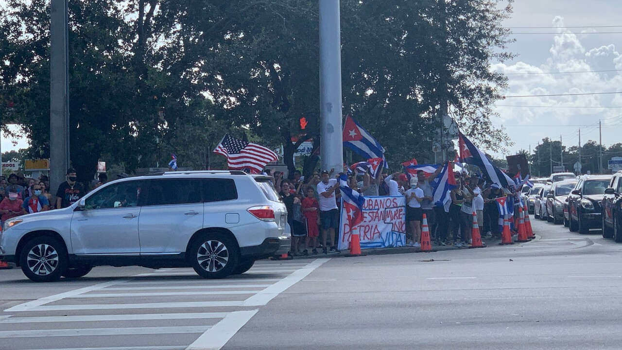 Hundreds of Cubans in Palm Beach county are rallying in solidarity with the Cuban people Sunday after a protest broke out today in their home country.