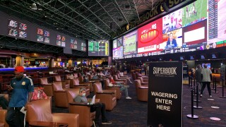 Return of sports and the Raiders helping Las Vegas sportsbooks bounce back