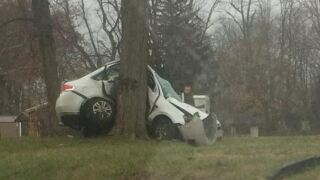 2 adults hurt, child critical after pursuit ends in crash in Wayne County