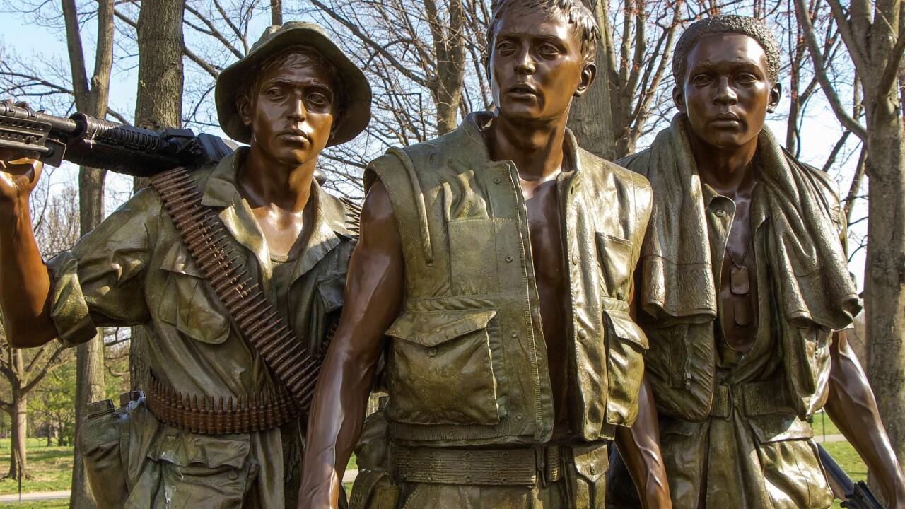 vietnam-memorial-1436628_1920.jpg