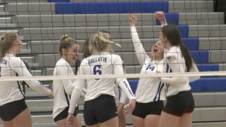 Bozeman Gallatin volleyball withstands comeback to defeat Billings Senior