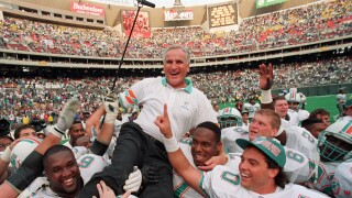 Don Shula, who died at 90, celebrated after becoming all-time wins leader