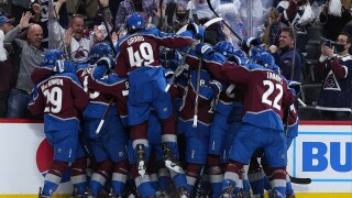 avalanche beat golden knights overtime