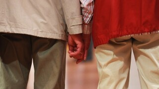 Viral: Elderly couple has cute blind first date