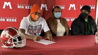 Julius Sims signs with Bowling Green