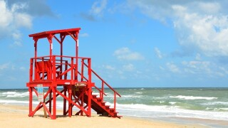 Clearwater Beach holding tryouts for new lifeguards