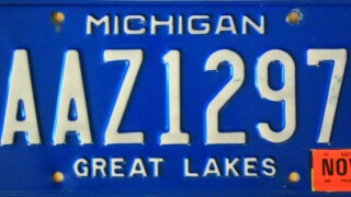 Bill would bring back Michigan's classic blue license plate