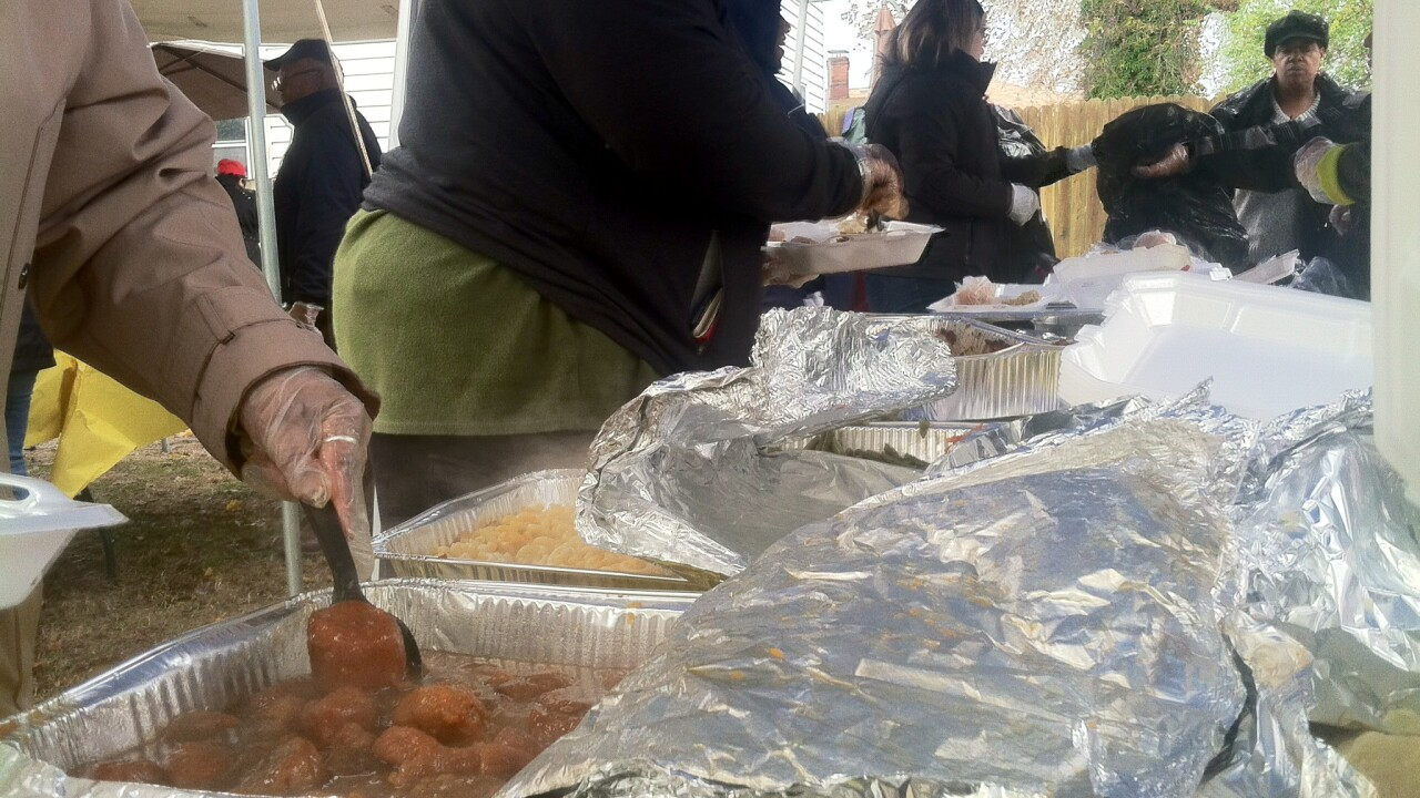 Over 300 expected at Chesapeake family's 5th Annual Thanksgiving Community Dinner