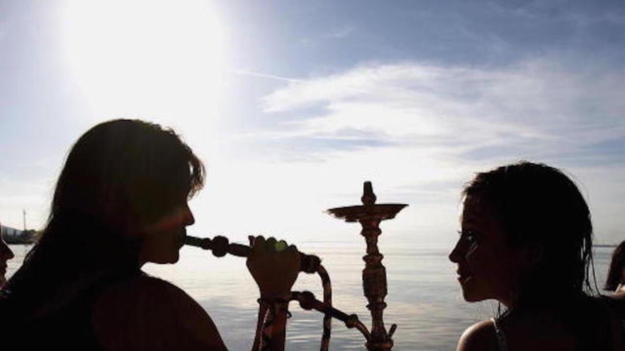 Study: Hookah delivers 25x the tar of cigarettes