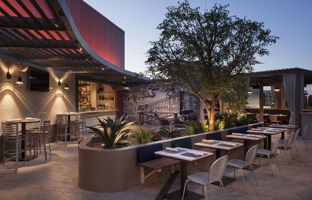 PHOTOS: Outdoor dining in Las Vegas