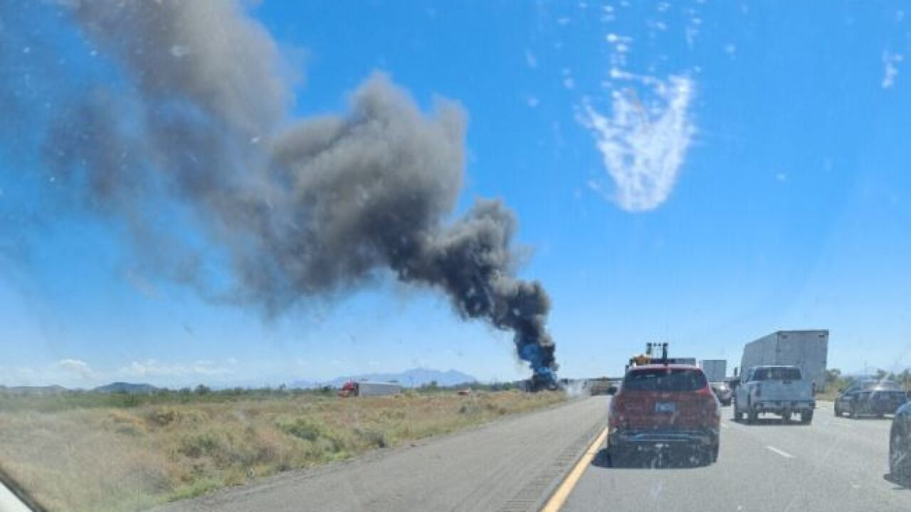 A car wreck shut down westbound Interstate 10 north of Casa Grande Wednesday. Photo courtesy Carolyn Knitter.