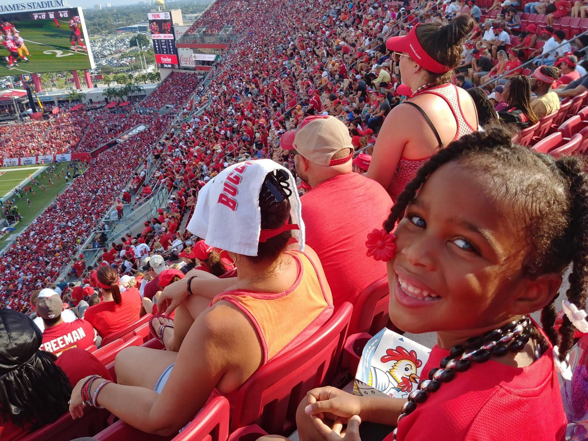 Bucs Fans 8.jpg