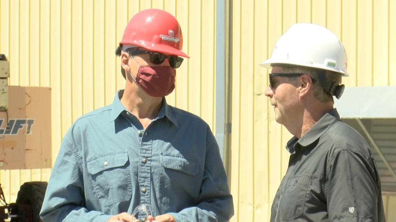 Gov. Bullock visits SmartLam's new manufacturing facility in Columbia Falls
