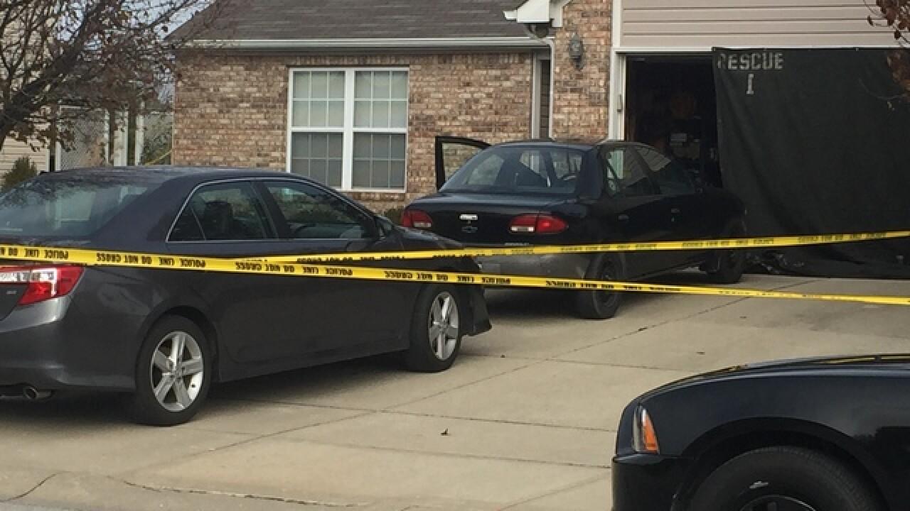 Greenwood police shoot, kill man