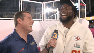 Wink gives Virginia Beach's Derrick Nnadi a 'Nnadi List' at Super Bowl Opening Night