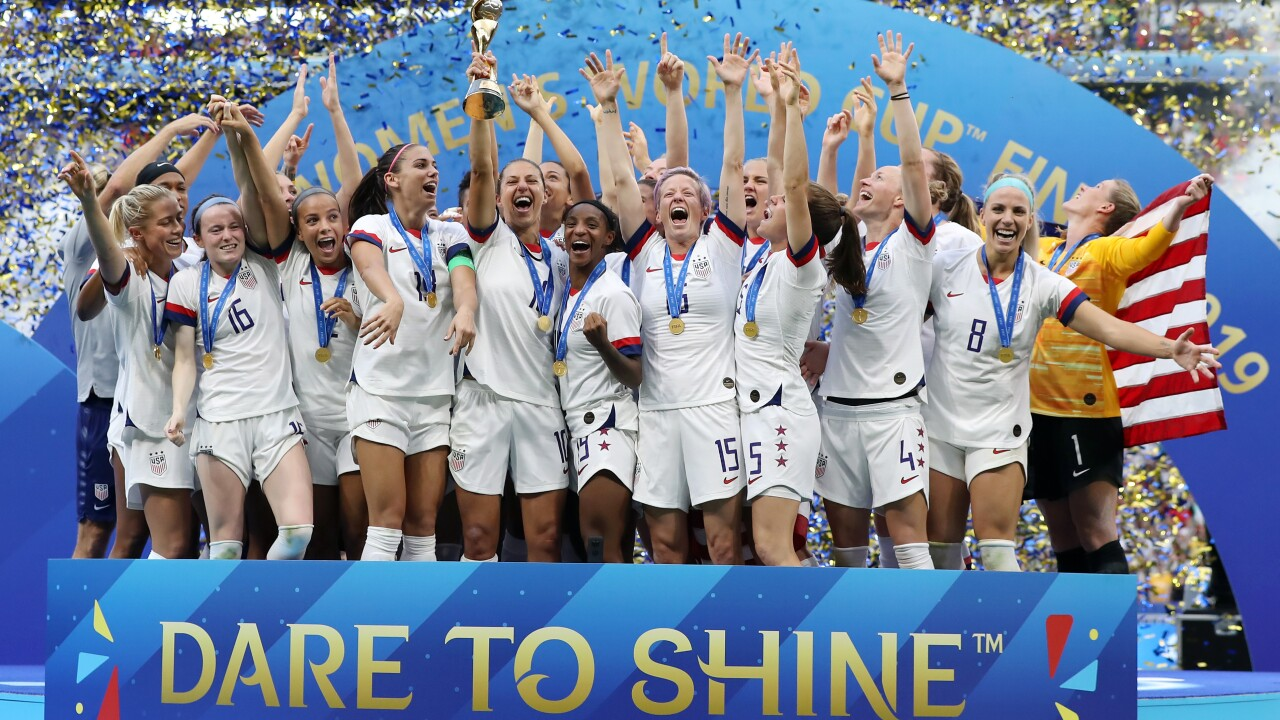 US wins fourth World Cup title, second in a row, beats Dutch