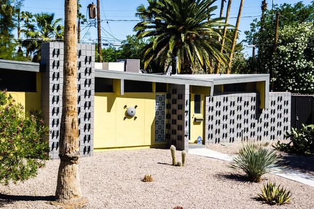 PHOTOS: Marvelous Mid-Century Homes in Las Vegas