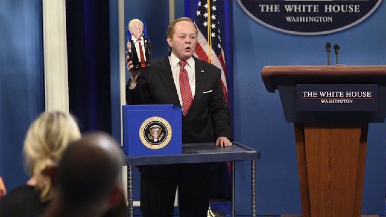 'Spicy's back!': 'SNL' has McCarthy's Spicer meet with Baldwin's Trump
