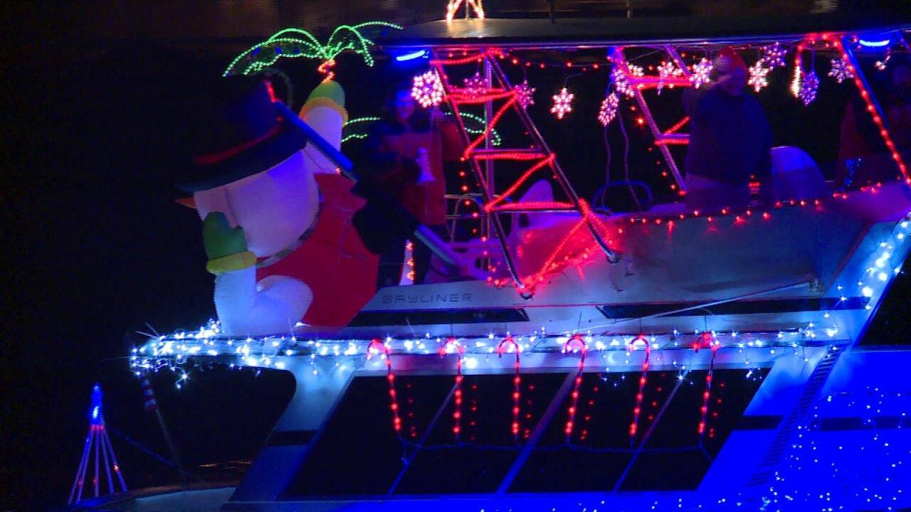Parade of Lights boats festooned forChristmas