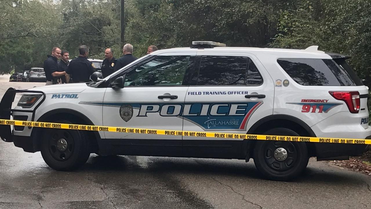 Body found on Pecan Road, death investigation underway