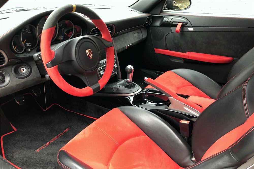 2011 PORSCHE 911 GT2 RS 2.jpg
