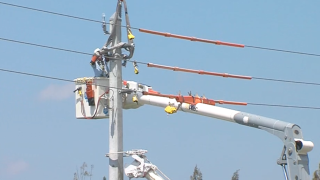 FPL strengthens power poles in Delray