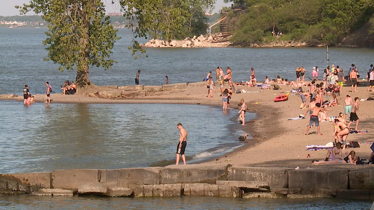 Hazardous Swimming Conditions Prompt Beach Hazard Statement In Northeast Ohio