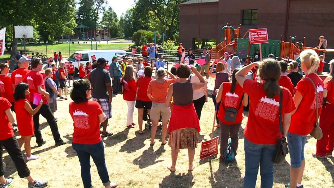Tentative agreement reached in Seattle teachers' strike