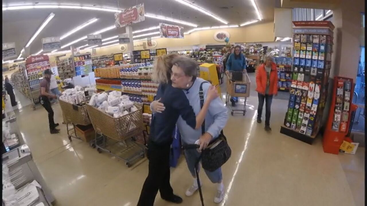 A Safeway employee rescued an elderly woman from a gift card scam