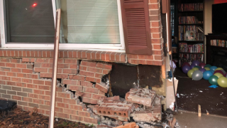 Symmes car into townhome