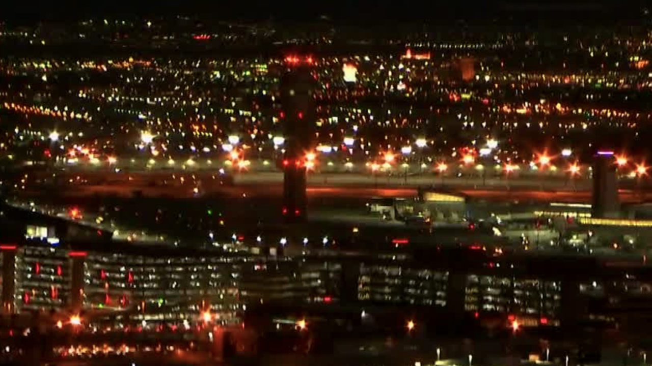 mccarran_airport_night.png