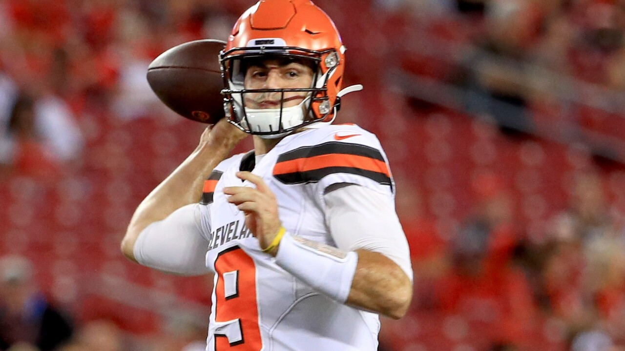 Browns deal rookie QB David Blough to Lions, swap 2022 draft picks