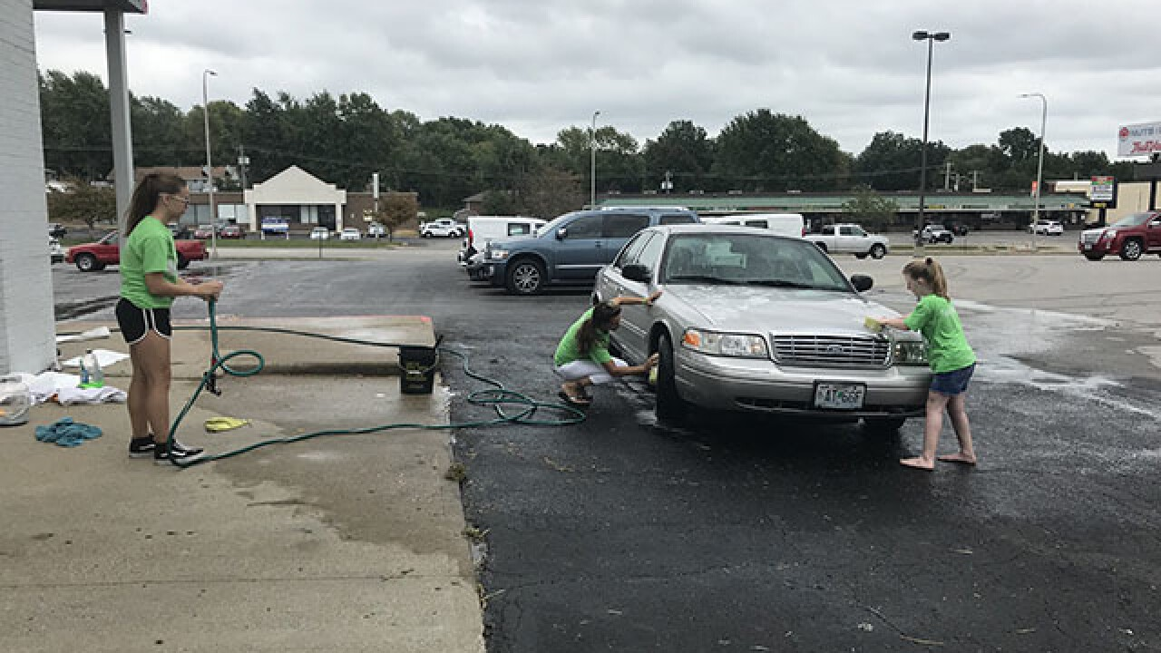 Family holds car wash for Independence man who had heart, lung transplant