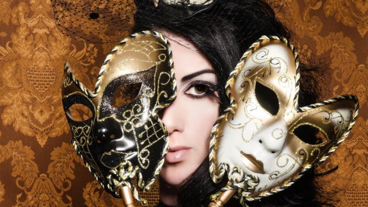 Oakley Masquerade